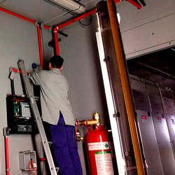Instalação de sistemas de alarmes de incêndio